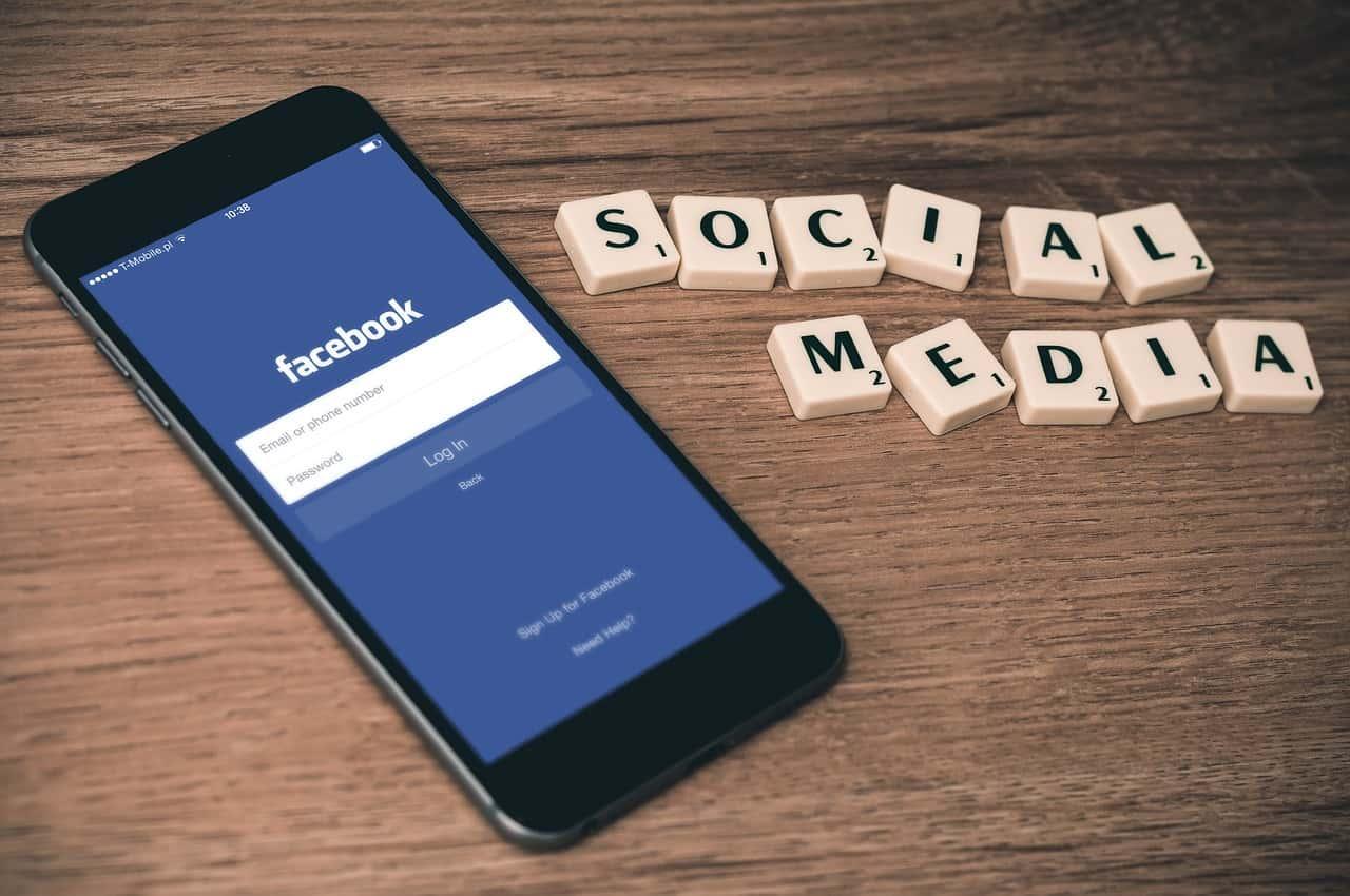 algoritmo di facebook e newsfeed